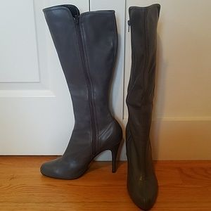 Grey Faux Leather boots size 10 heel approx 4""